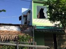 Cháy nhà lúc rạng sáng, 2 cha con tử vong