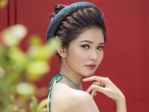Á hậu Thùy Dung thướt tha với áo yếm hở vai trần