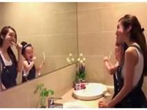 Clip mẹ con Elly Trần đánh răng siêu đáng yêu