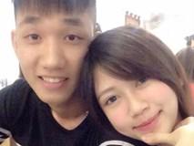Cô bạn gái xinh như hot girl của đội trưởng U19 Việt Nam