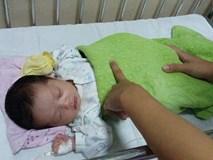 Sản phụ 25 tuổi bỏ lại con gái sơ sinh tại bệnh viện rồi biến mất bí ẩn