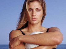 Nữ thần bóng chuyền: Tuyệt sắc giai nhân triệu đô