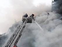 Triệu tập nhóm công nhân hàn xì để làm rõ nguyên nhân vụ cháy quán Karaoke