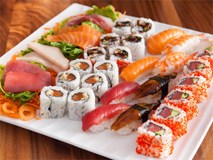 Cách ăn sushi chuẩn để không phải ngại ngùng khi dùng bữa cùng dân bản xứ