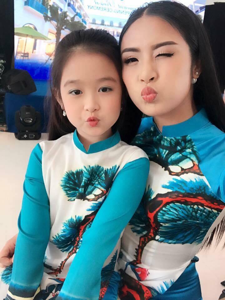 HH Ngọc Hân xì teen bên bé gái xinh như thiên thần
