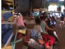 Khi người lớn thản nhiên để những đứa bé đùa giỡn với tử thần trên đường phố