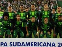 Đối thủ nhường chức vô địch cho đội bóng Brazil gặp tai nạn máy bay thảm khốc