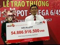 Người trúng xổ số gần 55 tỷ đồng là phụ nữ ở Vĩnh Long