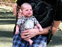 Bé 9 tuần tuổi bị bố đẻ bạo hành, nhét cả tay vào họng đến chết khiến dư luận phẫn nộ