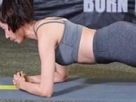 """Cứ 5 tư thế plank này mà tập, mỡ bụng nào cũng phải """"tiêu tan"""""""