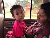 Bé trai Campuchia bị bạo hành bằng roi điện, kẹp giấy giờ ra sao?