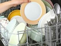 8 lỗi khi rửa bát đĩa gây hại sức khỏe ai cũng có thể mắc