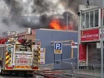 Cháy chợ người Việt ở Footscray, tây Melbourne, Úc