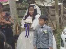 """Đám cưới """"Bạch tuyết và chú lùn"""" ở Hà Tĩnh gây xôn xao"""