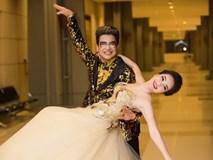 Thụy Vân như công chúa cùng MC Thanh Bạch nhảy múa trong hậu trường