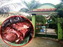Nghi trường mầm non nấu thịt bẩn, 140 phụ huynh cho con nghỉ học