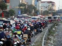 Hà Nội: Kẹt cứng cửa ngõ phía Nam chiều cuối năm
