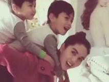 Ngọc Trinh xưng mẹ trong clip chơi đùa cùng con trai tỷ phú Hoàng Kiều