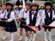 Mẹ Nhật chia sẻ cách dạy con đi bộ đến trường an toàn