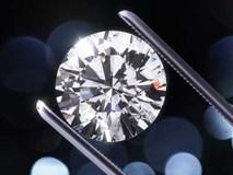 Chết đứng' vì mua kim cương hóa đá tổng hợp