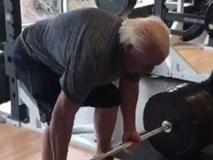 Kinh ngạc chứng kiến cảnh cụ ông 67 tuổi nâng tạ 180 kg