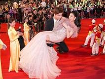 Sợ Trương Quỳnh Anh vấp ngã, Tim bế bổng bà xã lên thảm đỏ