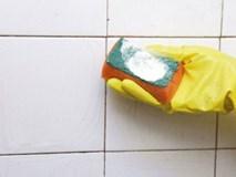 Mẹo vặt tẩy sạch vết bẩn, vết ố trên nền gạch để ghi điểm trước mẹ chồng