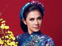 Việt Trinh xinh đẹp, trẻ trung dù đã ở độ tuổi U50