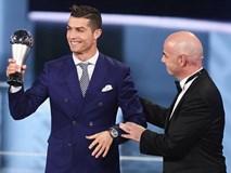 Ronaldo đoạt giải Cầu thủ hay nhất năm 2016 của FIFA