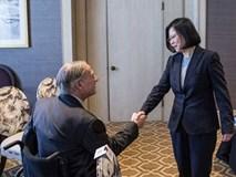 Thống đốc Texas vô tình tặng món quà tối kỵ cho nhà lãnh đạo Đài Loan