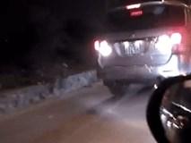 Clip: Xe 7 chỗ chạy ngược chiều, lấn làn và cái kết không thể xấu hổ hơn