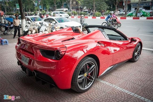 5 siêu xe mui trần đẹp và hiếm nhất Việt Nam - Ảnh minh hoạ 4