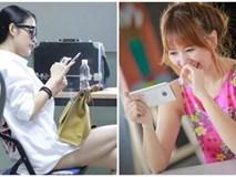Loạt tin nhắn riêng tư tiết lộ cách yêu trái ngược của Hari Won và Mai Hồ