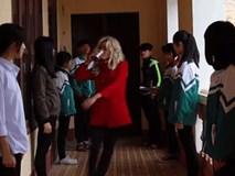 Clip 'Lạc trôi' phiên bản học sinh khiến dân mạng bật cười