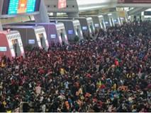 Những hình ảnh chen chúc kinh hoàng trong đợt di cư về quê ăn Tết ở Trung Quốc