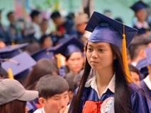 Giáo dục đại học thụt lùi: Mở rộng quy mô, hạ thấp chuẩn
