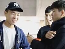 """Xuân Trường gây """"sốt"""" sau màn đá cầu với nhóm """"Con trai Busan"""""""