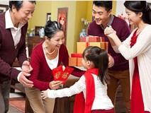Ứng xử với tiền mừng tuổi - những việc bố mẹ nhất định phải dạy con