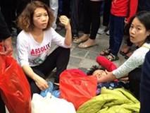 Cụ bà bị đánh ngất xỉu tại chùa Hương vì giẫm vào chân cô gái