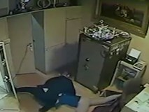 Vụ cướp tiệm vàng táo bạo ở Italy như phim hành động