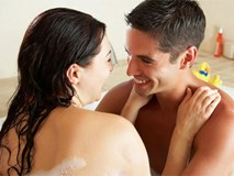 """7 bí quyết nhỏ mà có võ giúp vợ chồng thăng hoa khi """"yêu"""""""