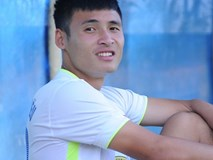 Cầu thủ SLNA đấm gãy sống mũi tiền đạo Đắk Lắk