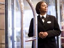 Khách sạn, hàng không giá rẻ và những sự thật không ngờ