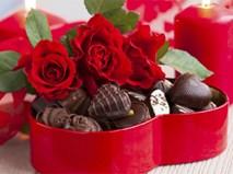 Vì sao người ta thường tặng socola và hoa hồng vào ngày valentine?