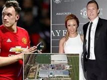 Sao Man Utd bị trộm đồ trang sức mua tặng vợ sắp cưới