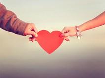 Tình huống trớ trêu ngày Valentine: Mất tiền mua bực vào người