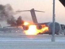 Hai thiếu niên dưới mặt đất cứu sống 194 người trên máy bay bị cháy