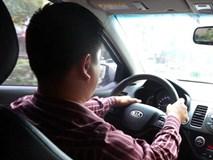 Cấm Uber hoạt động, lái xe lo vỡ nợ trăm triệu