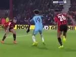 Cầu thủ Man City ăn mừng chức vô địch trong phòng thay đồ-1