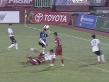Thủ môn Minh Nhựt phản đối trọng tài không bắt 11 m